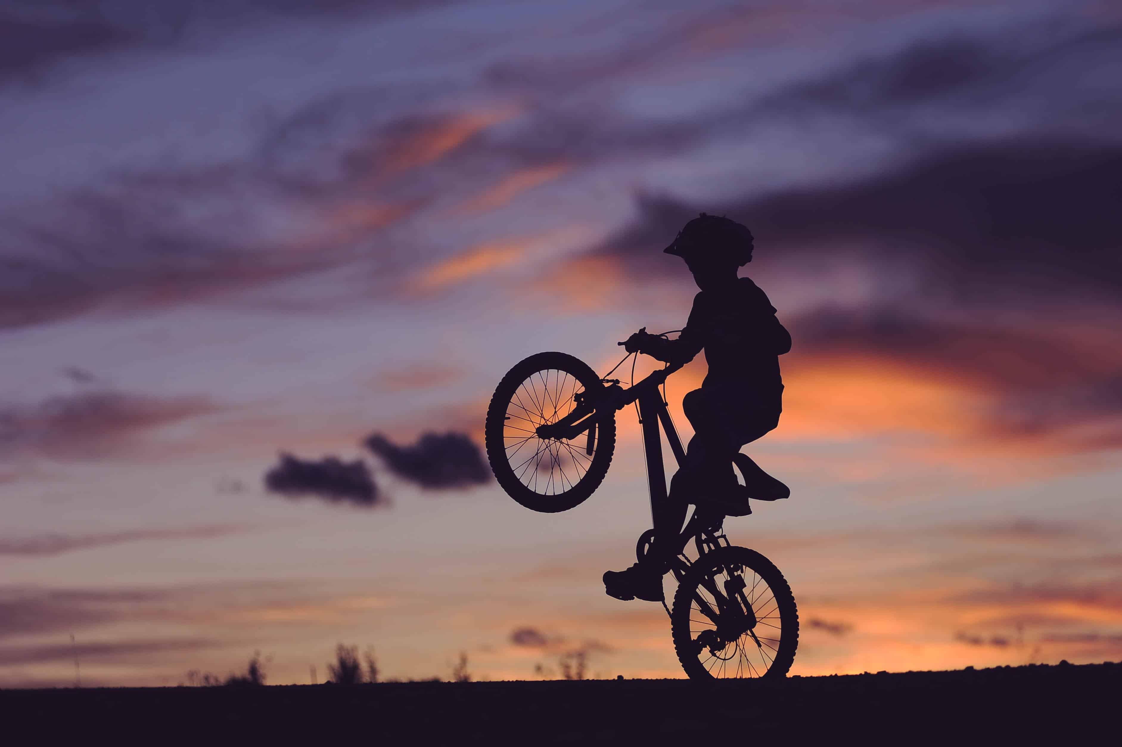 Relax More - Op een ouwe fiets...