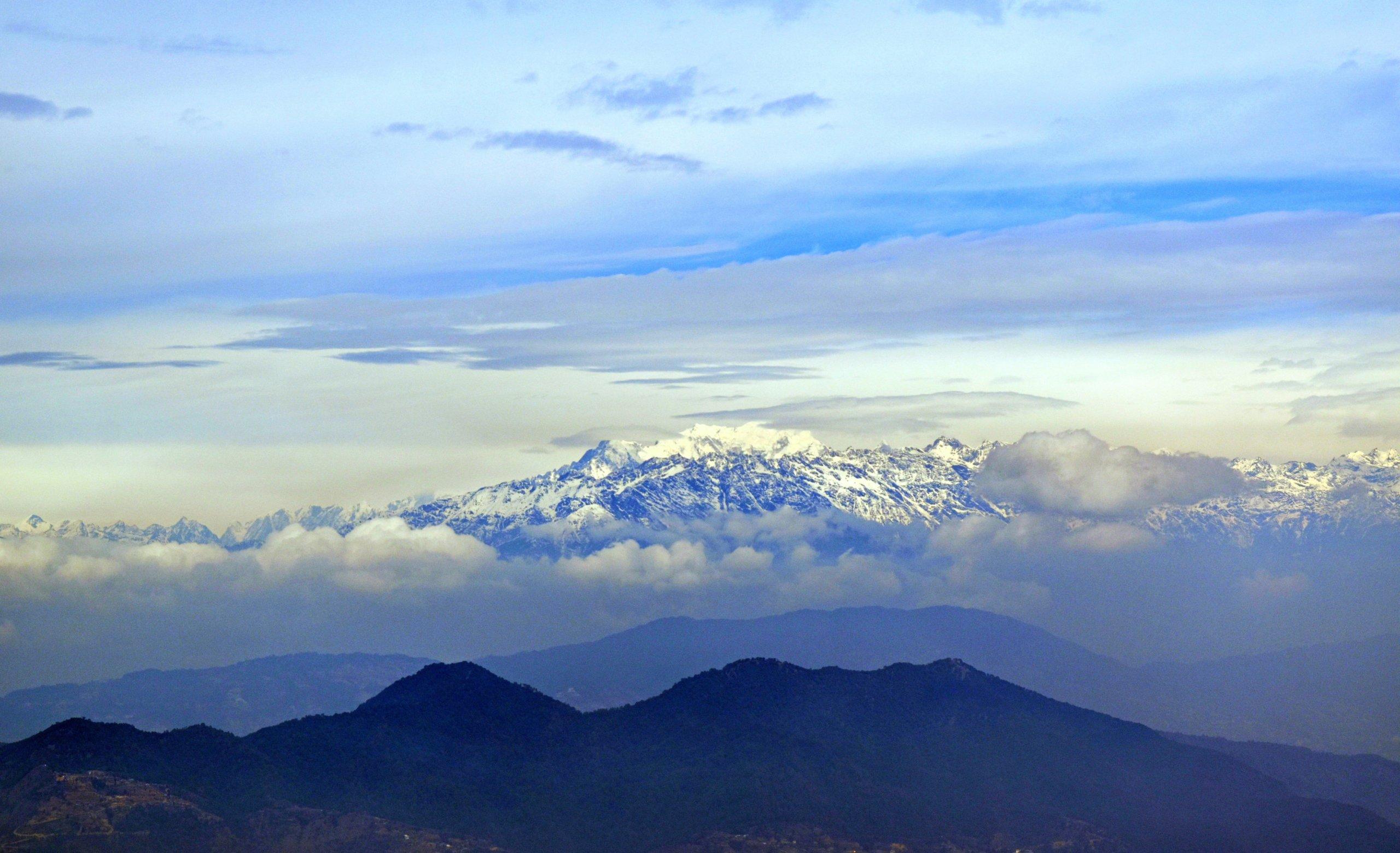 De toppen van de Himalaya zijn weer zichtbaar!